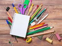 幼儿大班科学领域教案《纸的吸水性》